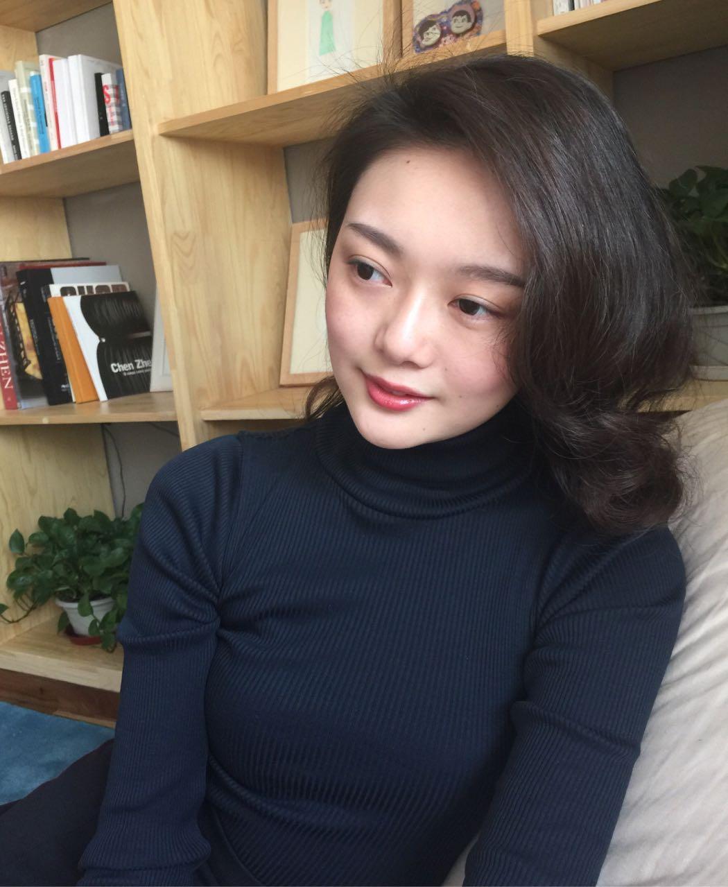 江苏南京栖霞微笑的柠檬