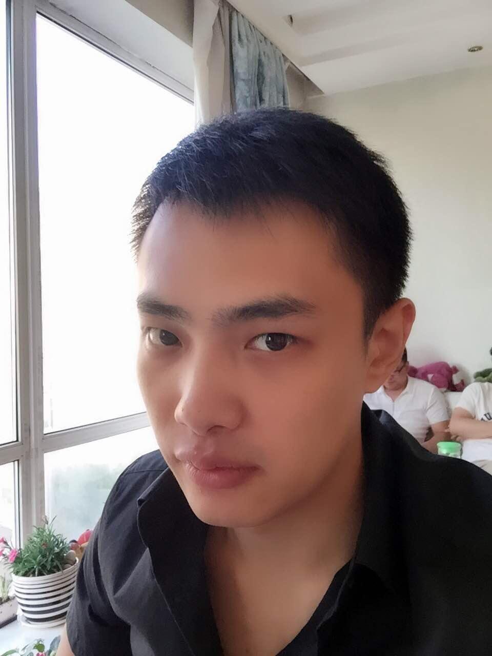 浙江杭州余杭痞帅