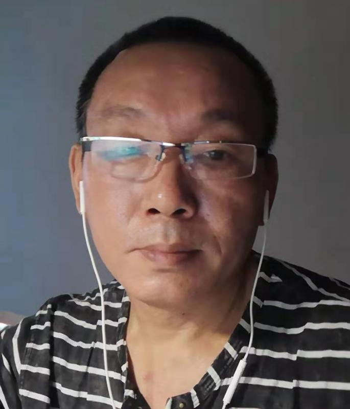 浙江宁波江北区张中伟