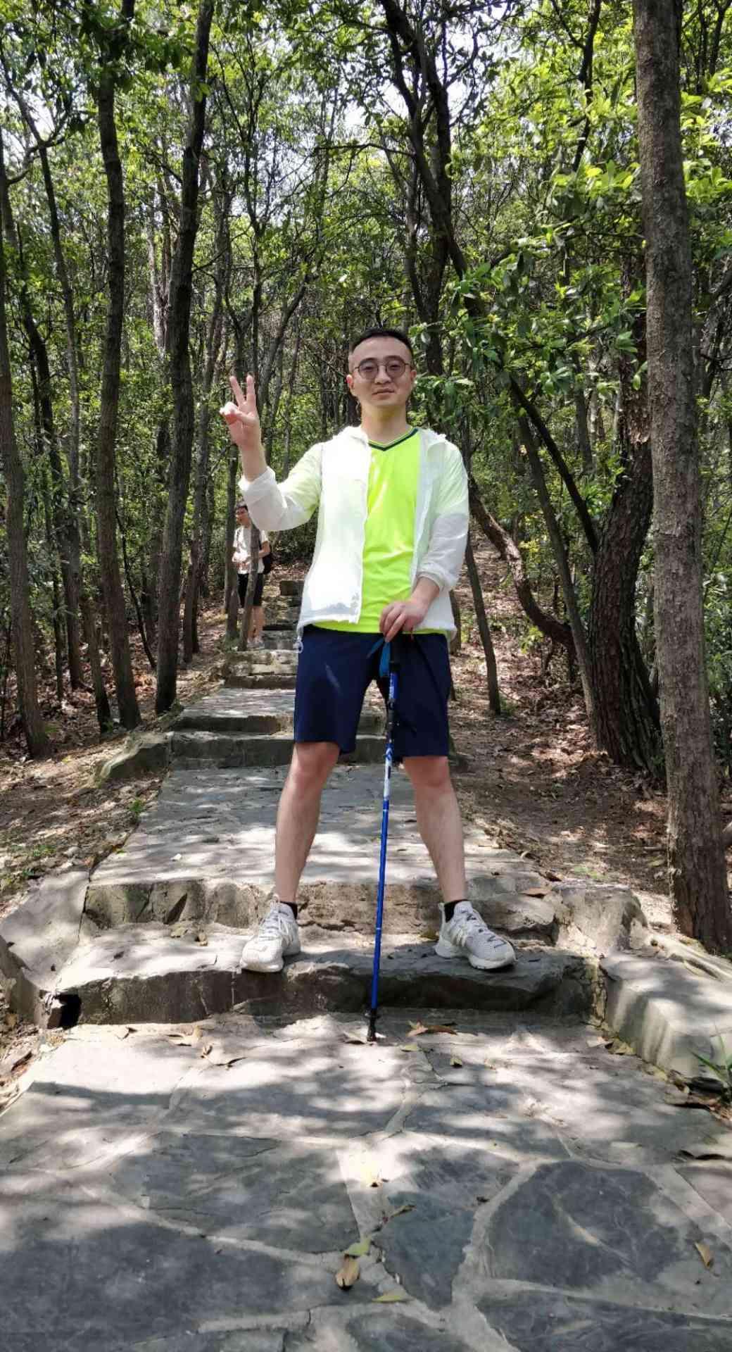 浙江杭州滨江区Super吉吉国王